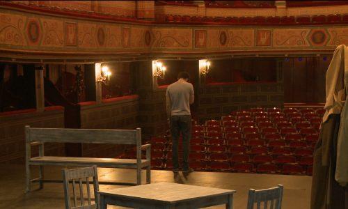 A l'école du théâtre 2